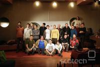 Obiskovalci, ki so ostali še po zakuski za KDE 4.2 release