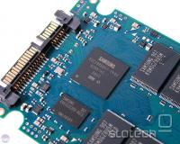ARM krmilnik z 256 MB DRAM čipom