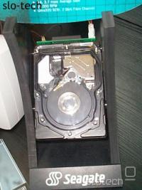 Naj naj disk od Seagatea: Ultra 320SCSI, 15K RPM, 3.7 msec povprečni dostopni čas