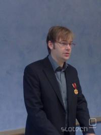 Matthias Ettrich z medaljo