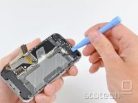 iPhone 4 v kosih