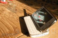 Nokia N97 - težavni pametni mobilnik