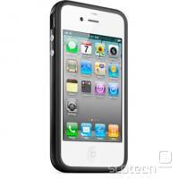 Črn odbijač na belem iPhone 4