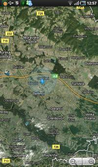 Zaradi velikega zaslona je navigacija po zemljevidih opazno lažja