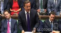 David Cameron se je v zadnjim mesecih moral že večkrat braniti pred ostrimi vprašanji parlamentarcev, med drugim tudi v zadevi telefonskega prisluškovanja časopisne hiše News of The World.