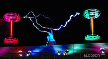 Tesla orchestra na festivalu Ars Electronica 2011