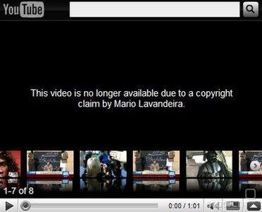 DMCA takedown postopek deluje tako, da avtor pod prisego izjavi, da neka spletna vsebina krši njegove avtorske pravice. Gostitelju je ni potrebno odstraniti, a če je ne, prevzame sam odgovornost za nastalo škodo, če se vsebina dejansko izkaže za nezakonito (ni licence, ni zakonite licence, ni proste uporabe). V praksi gostitelji sploh ne razmišljajo. YouTube ima celo orodja za enostavno odkrivanje kršitev (na voljo za velike založbe), tri zaporedne prijave zoper en račun pa ga suspendirajo. Podobno Twitter. Zadeva seveda deluje v obe smeri - par mesecev nazaj je nekdo poslal ponarejene DMCA zahtevke zoper Bieberjevo ponudbo na YouTube/VEVO in milijone fenov za tri dni prikrajšal za njegove mojstrovine.
