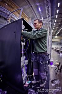 Mrežno opremo je priskrbel Cisco, Telia pa je položila kablovje.