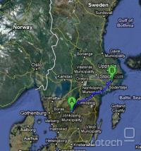 Linija je potegnjena na 325km dolgi razdlaji med Jönköpingom in prestolnico Stockholm.