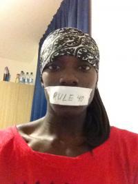 Ameriška tekačica na 100 metrov z ovirami, Dawn Harper, protestira proti prepovedi omenjanja blagovnih znamk na svojih socialnih profilih.