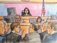 Sodnica Lucy Koh med branjem odločitve porote.