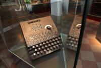 Enigma na razstavi