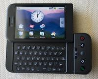T-Mobile G1 oz. HTC Dream z enim izmed zgodnjih Androidov