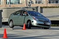 Googlovo vozilo brez voznika (Flckr user jurvetson, Wikipedija)
