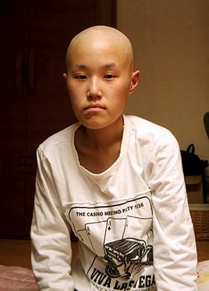 Hwang Yu-mi nekaj mesecev pred smrtjo