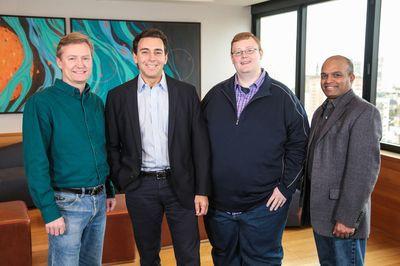 Z leve: Peter Rander, Mark Fields, Bryan Salesky, Raj Nair