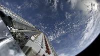 60 satelitov Starlinka na poti na delo.